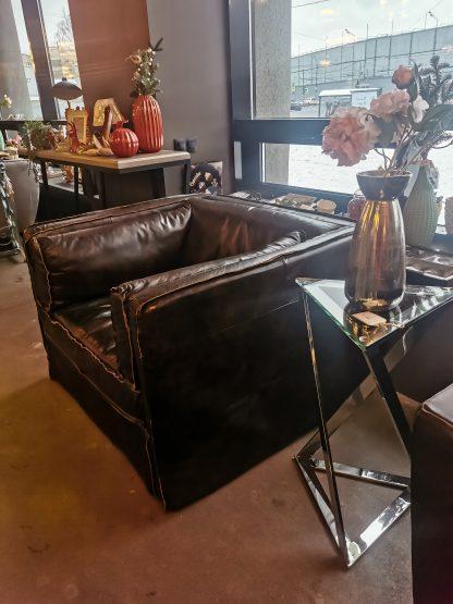 большое кожаное кресло лофт