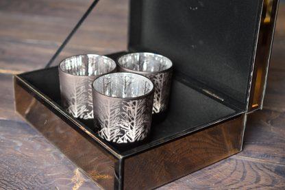 подсвечник-стакан с узором