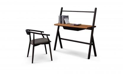 элегантный рабочий стол